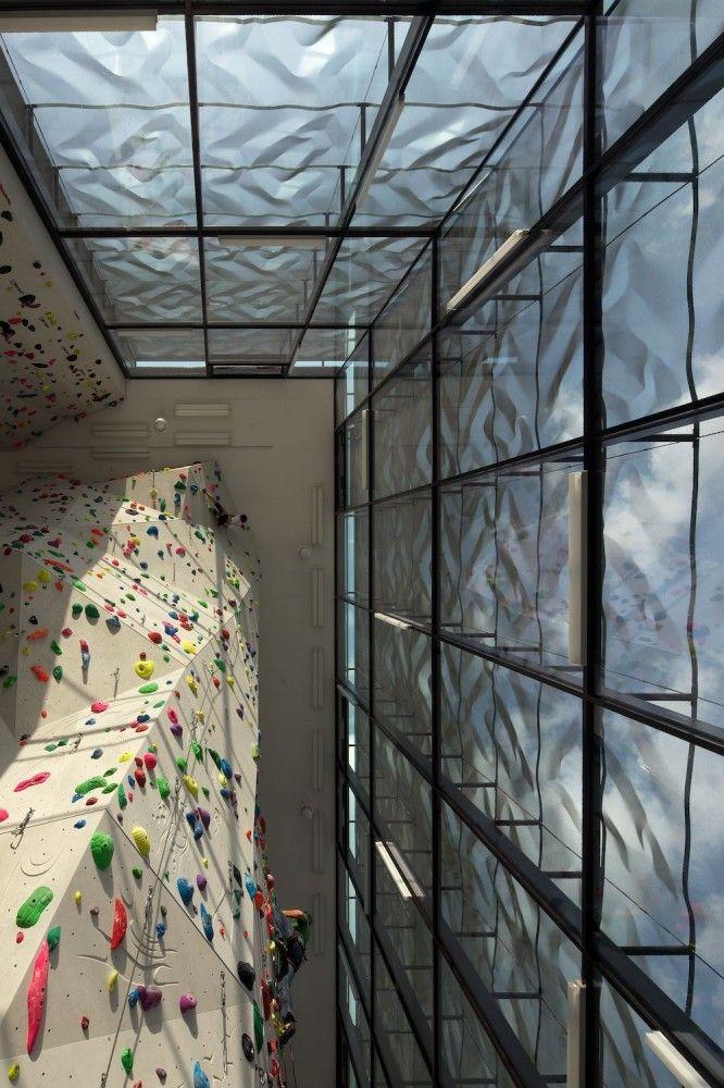 Indoor Rock Climbing W Meraner u2013