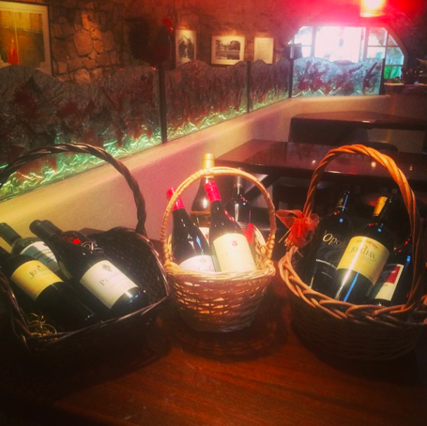 Gotta love Wine Down Wednesdays! Enter to win a monthly gift basket every Wednesday! Cheers! #tarpysroadhouse #winedownwednesday
