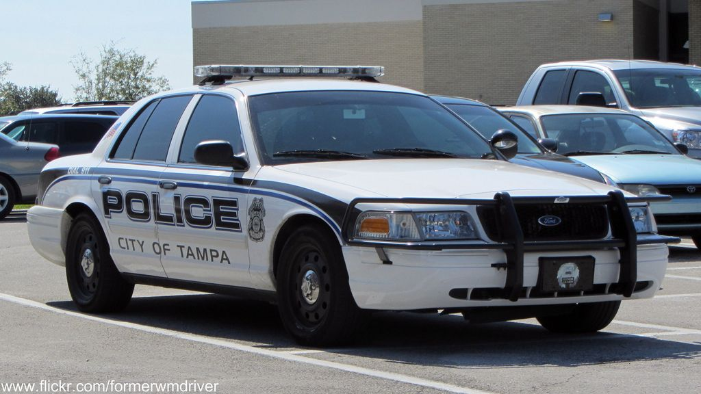 City Of Tampa Fl Police Ford Cvpi Police Cars Victoria Police Emergency Vehicles