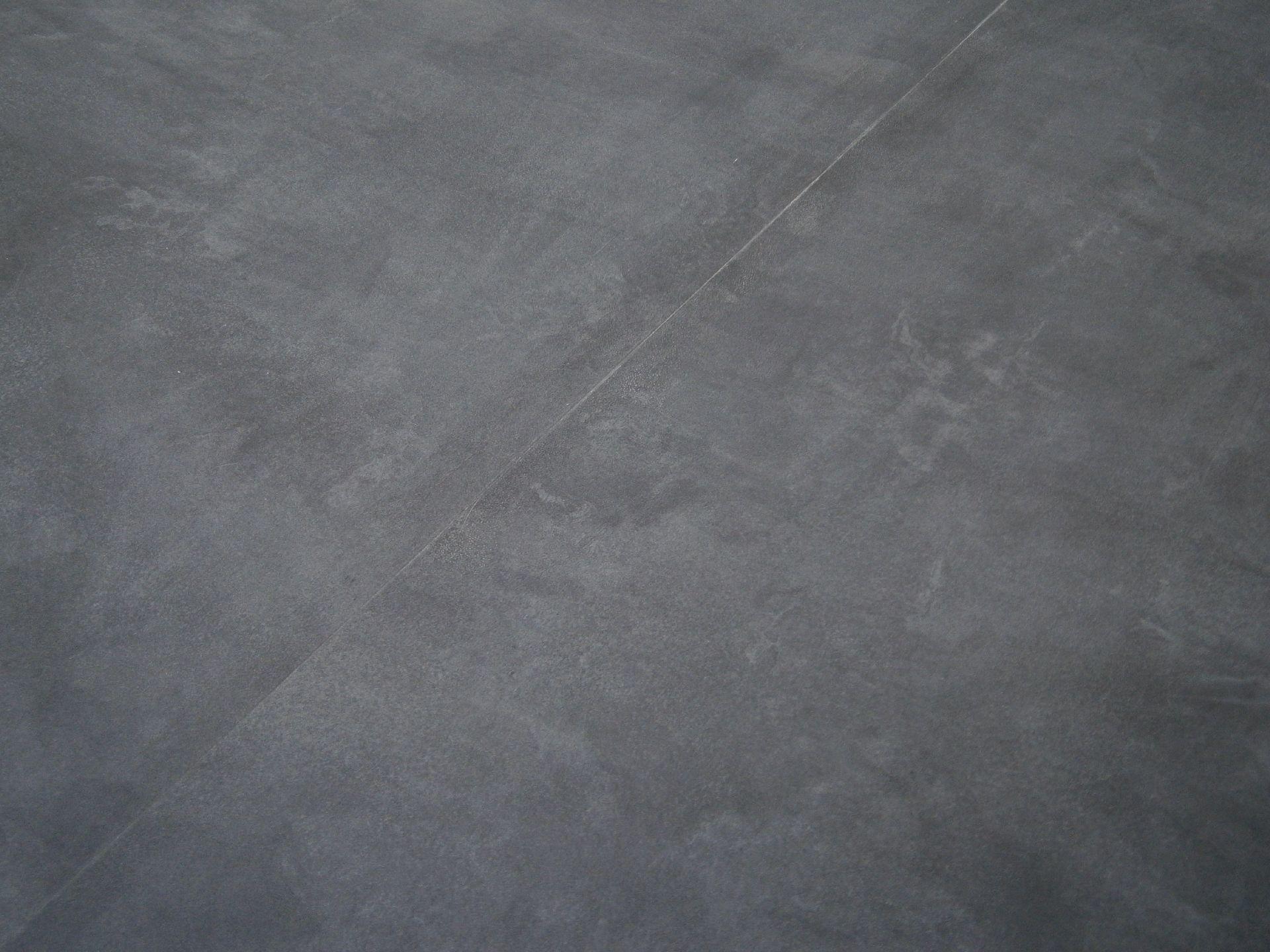Vinylboden berryalloc pureloc fliese beton dunkel umbau