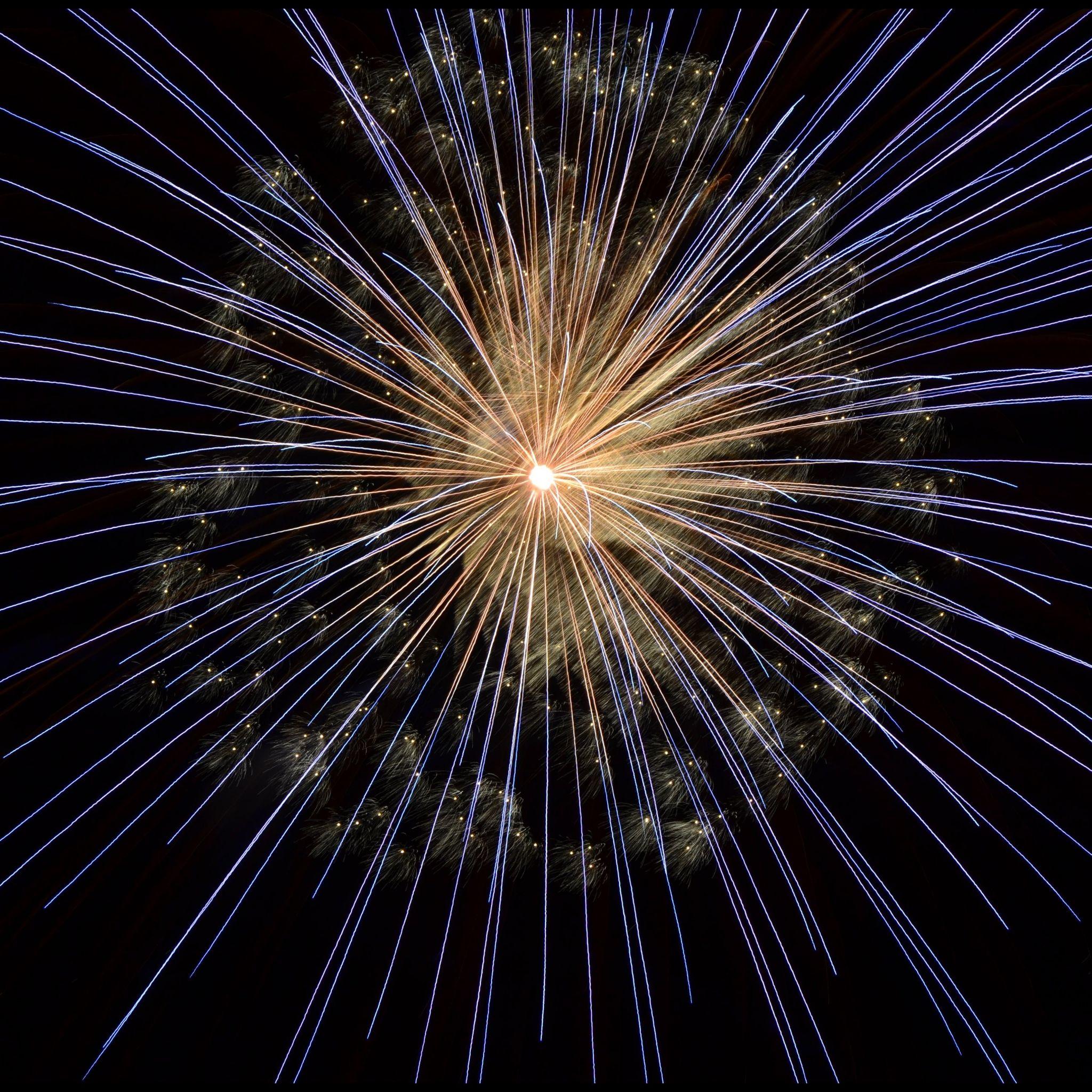 Download Wallpaper 2048x2048 Banger Fireworks Celebration New Ipad Air 4 3 Ipad Mini Happy New Year Fireworks New Year S Eve Wallpaper New Year Wallpaper