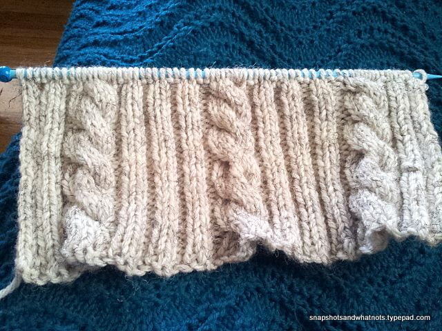 Diy Cable Knit Cushion Cover Cable Knitting Cable And Tutorials