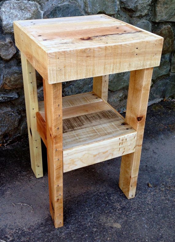 Mesita de noche reciclada por thepalletshop en etsy cosas de casa pinterest muebles - Cosas de casa muebles ...