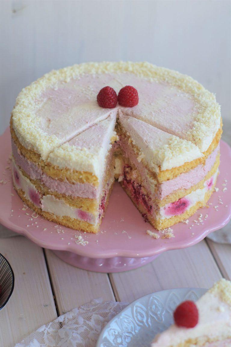 Himbeer Joghurt Torte Mit Weisser Schokolade Rezept Himbeer Joghurt Torte Joghurt Kuchen Und Joghurttorte