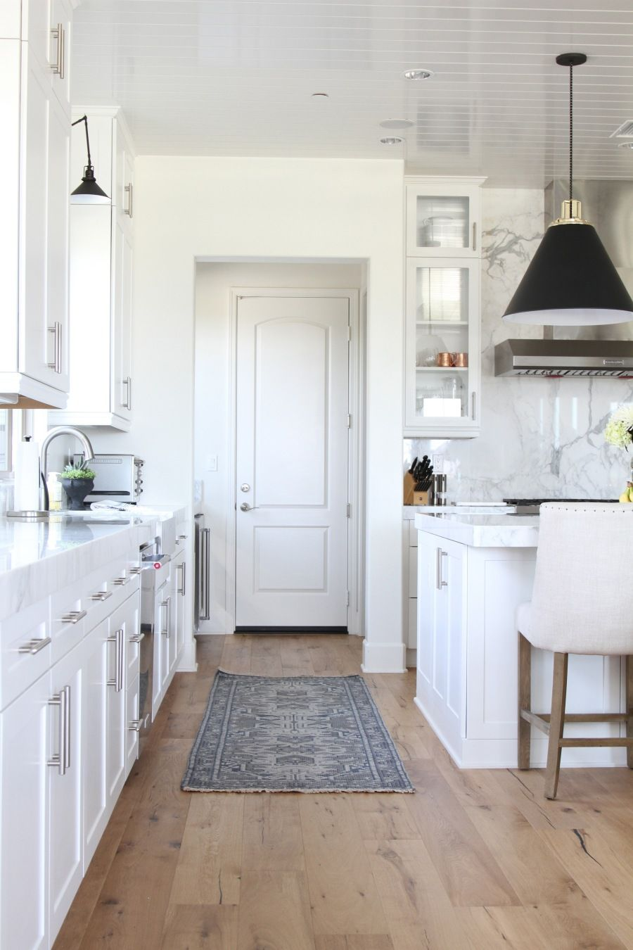 Residential Interior Project Has Modern Yet Vintage Take: You'll Want To Move Into This Interior Design Star's