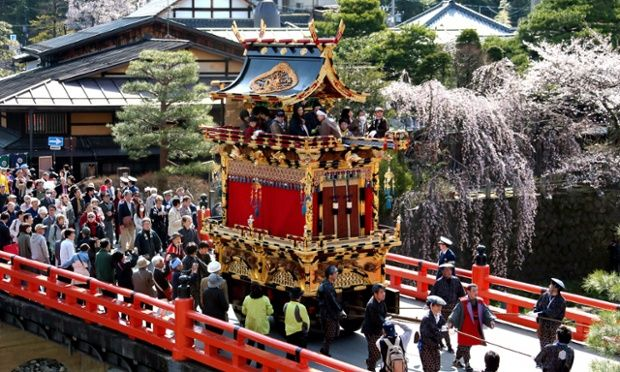 Znalezione obrazy dla zapytania takayama festival