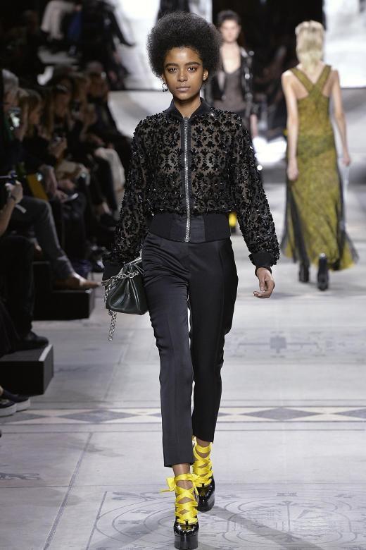 London Fashion Week: Mode von Mulberry wirkt jetzt rockig und rotznäsig