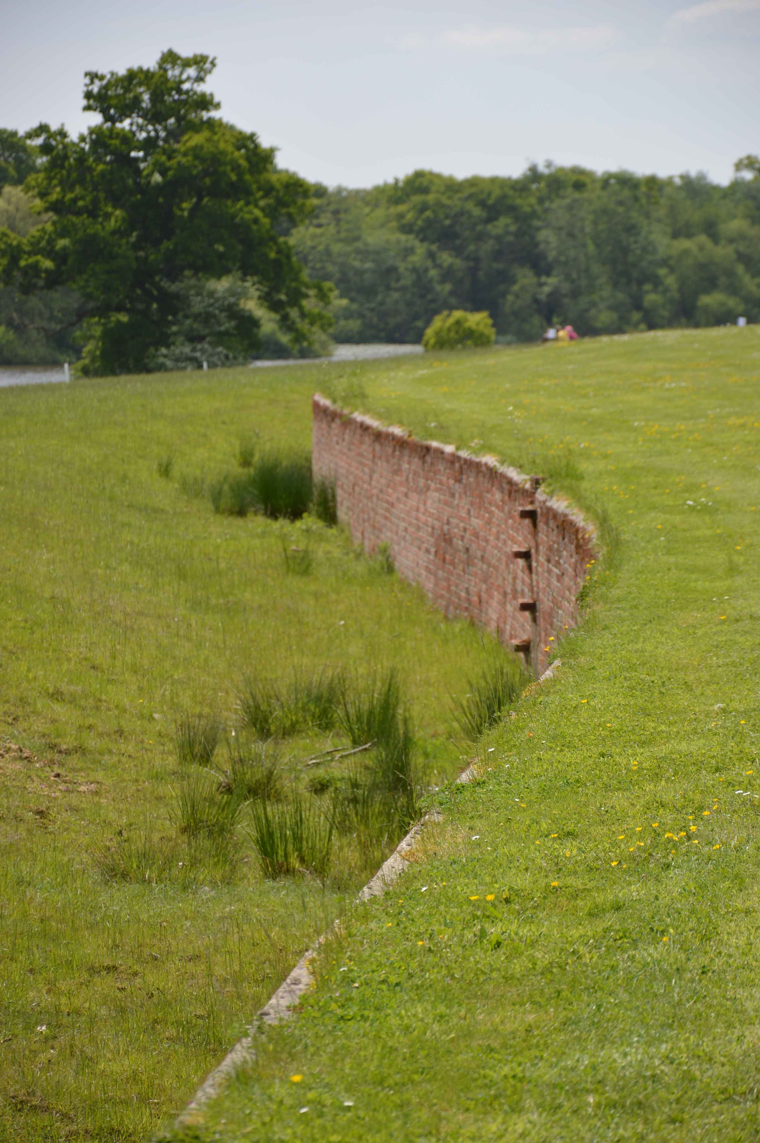 Resultado de imagen para haha garden | Walls and Fences | Pinterest ...