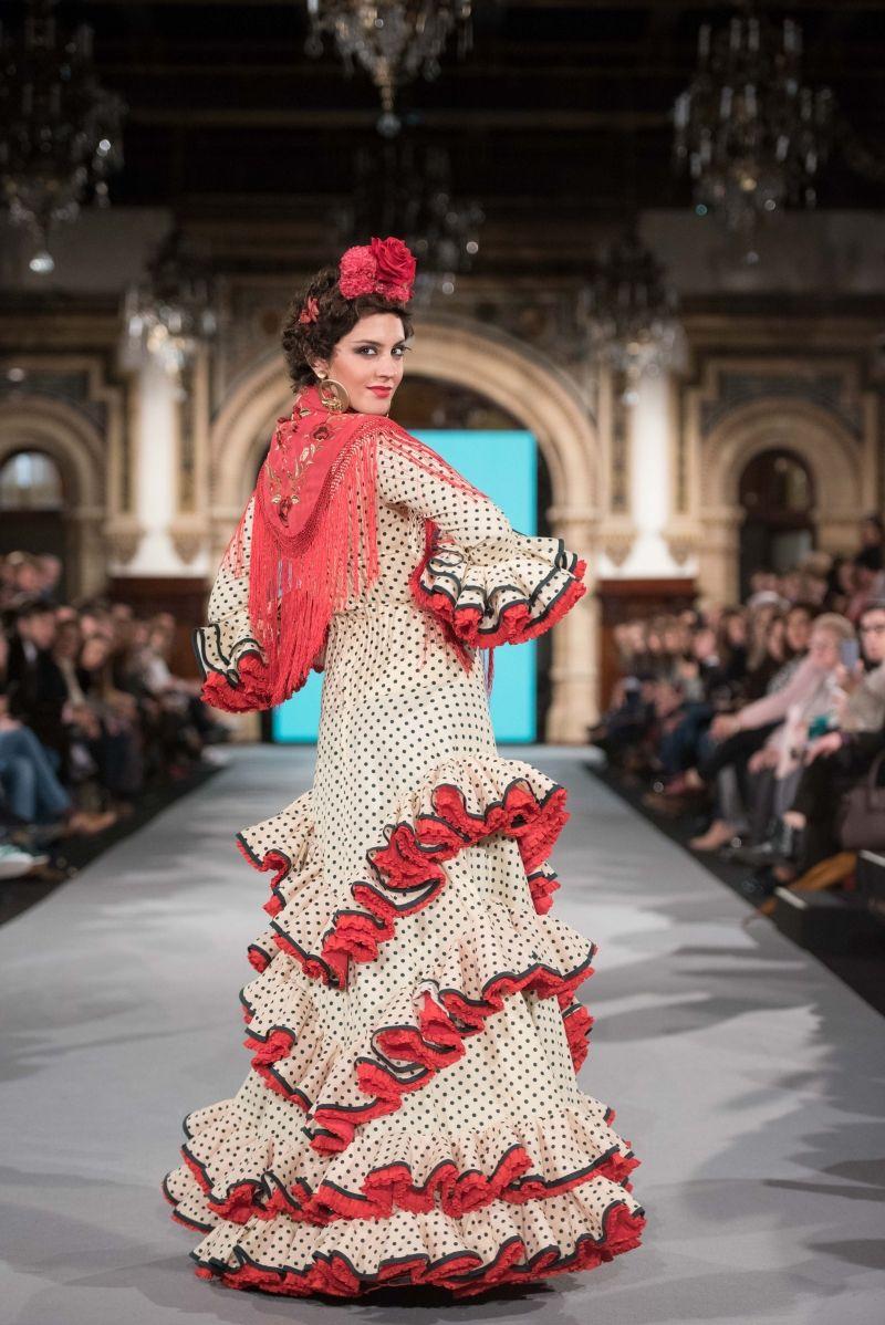 Minimalista peinados para trajes de flamenca 2021 Galería De Tutoriales De Color De Pelo - Mercedes Dobenal - We Love Flamenco 2018 - Sevilla ...