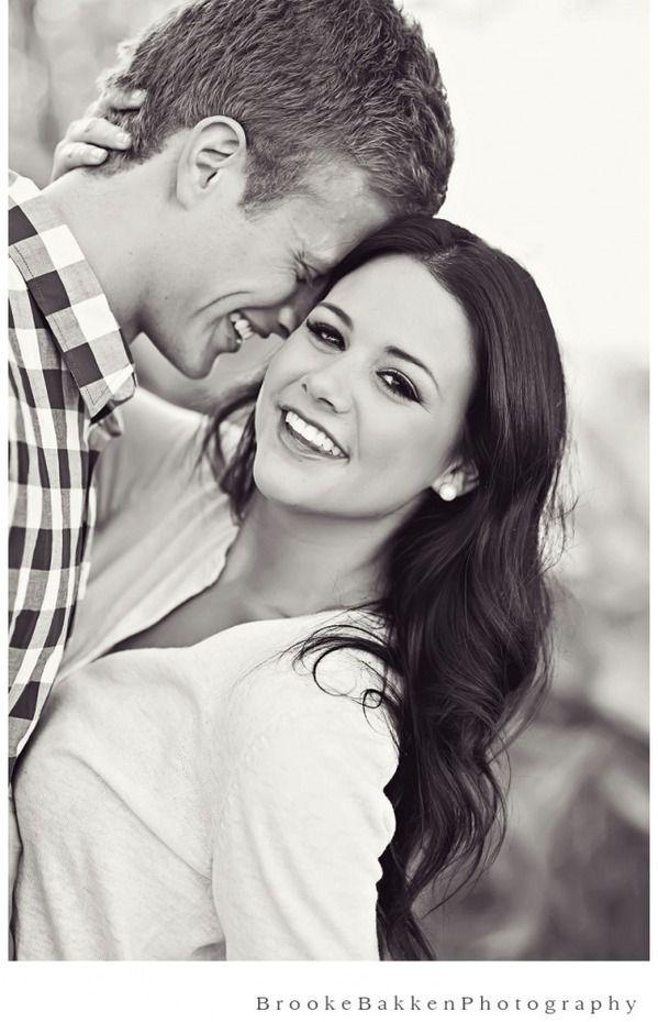 Женщина и мужчина занимаются любовь фото 558-275
