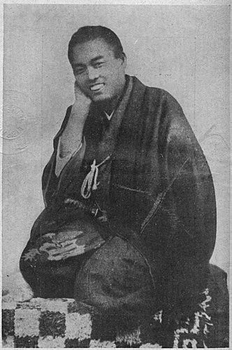 a very rare photo of smiling samurai nakaoka shintaro bakumatsu period japane historia l5r literatura