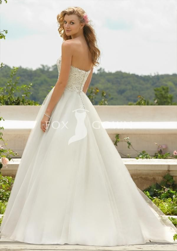 2013 new strapless sweetheart beading lace bodice wedding dress with tull a line skirt