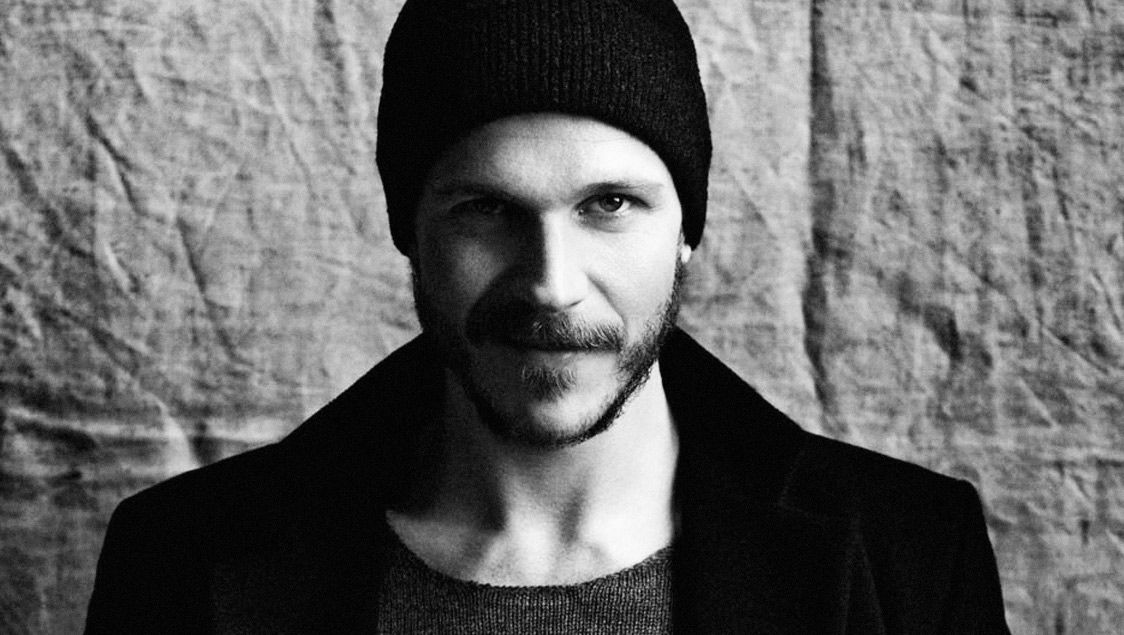 The Hottest Scandinavian Actors And Actresses Gustaf Skarsgard Hot Actors Gustafs