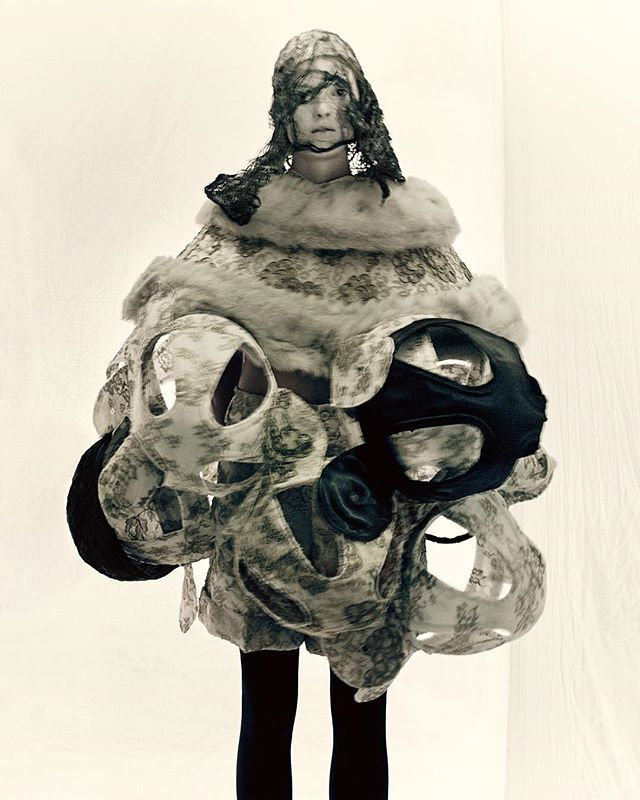 Comme des Garcons' The Ceremony of Separation FW15, photo by PAOLO ROVERSI, head lace and make up by Julien D'ys