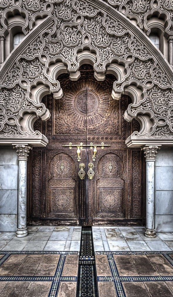 20 Fantastic Doors From Around The World