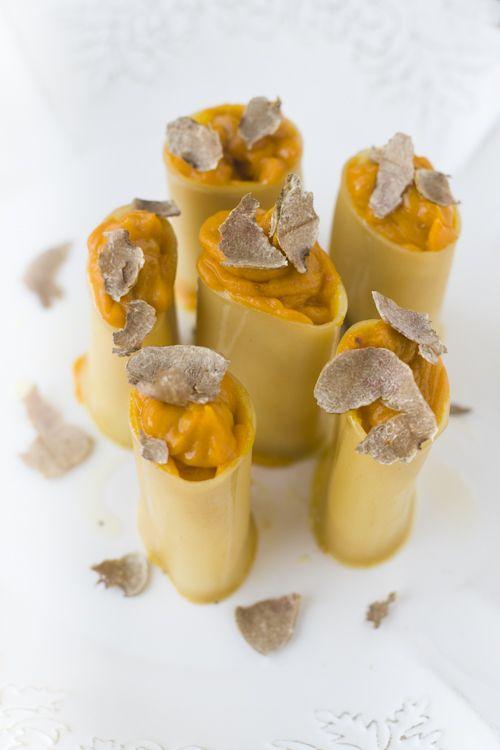Paccheri à la crème de potiron et truffe blanche d'Alba