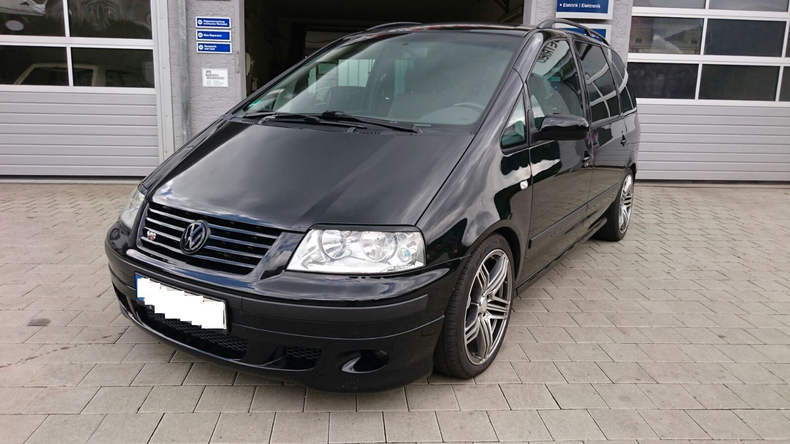 This 440 Ps Turbocharged Vw Sharan Can Be Yours For 11 690