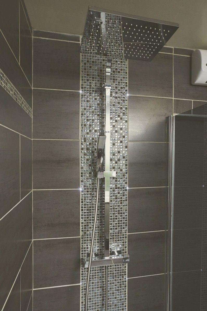 La douche l 39 italienne d 39 emilie thumeries showers in 2019 salle de bain carelage salle - Douche a l italienne grise ...