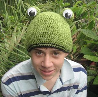 8b772ea60c9 crochetroo  Frog Beanie for a dorky kid (free crochet pattern)   freecrochethats