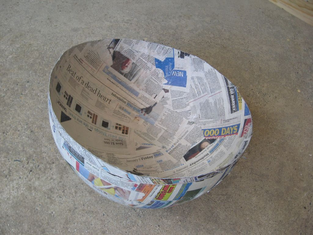 How to make a yoshi costume soccer ball paper mache and for Paper mashing art