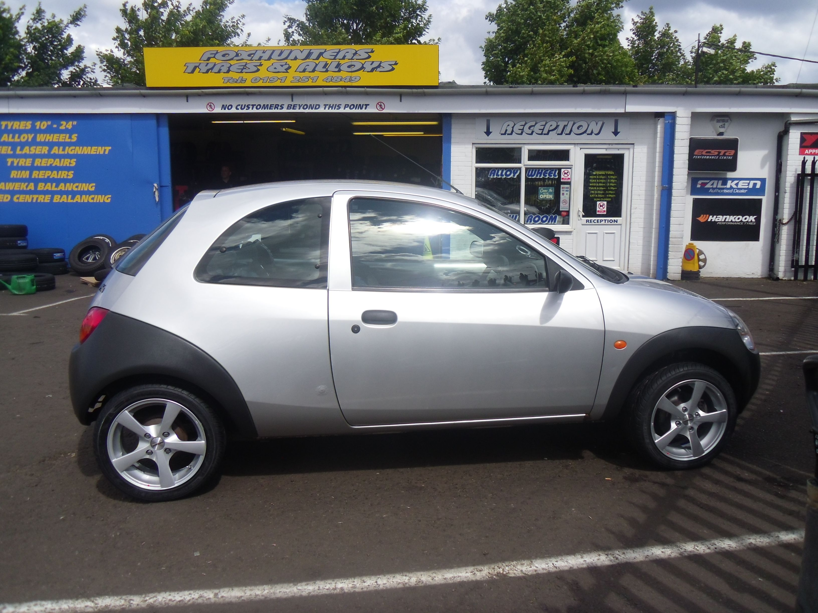 Ford Ka Fitted With 15 Calibre Panik Alloy Wheels At Foxhunters
