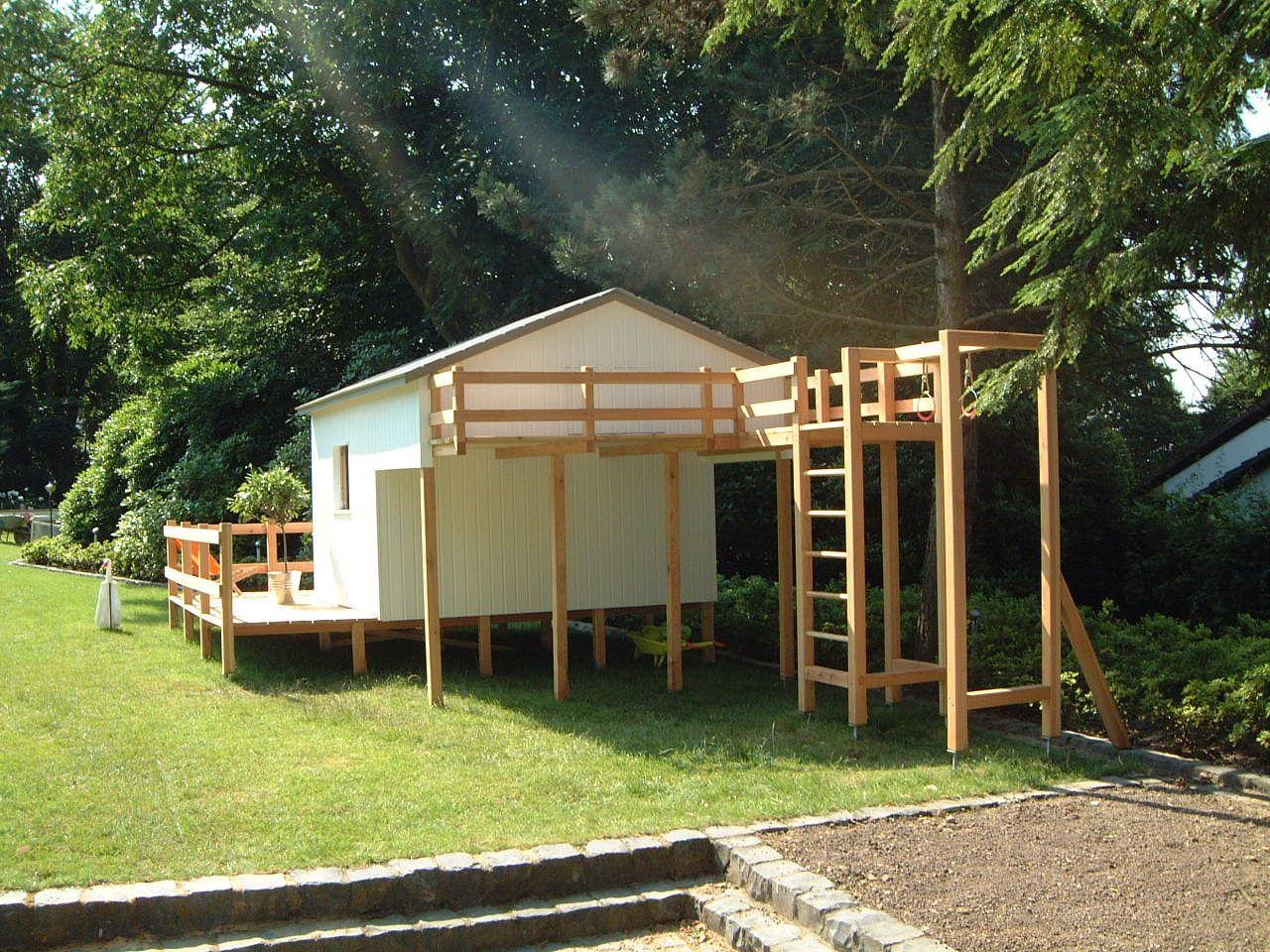Klettergerüst Spruch : Gartenhaus für kinder mit integriertem klettergerüst geheimgang