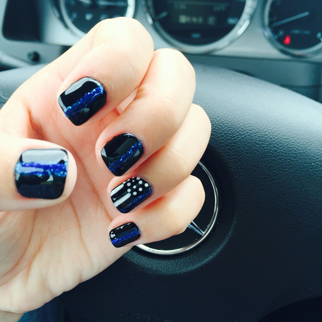 Can You Get Hiv From A Manicure Thin Blue Line Nails Lines On Nails Black And Blue Nails Diy Nails Blue