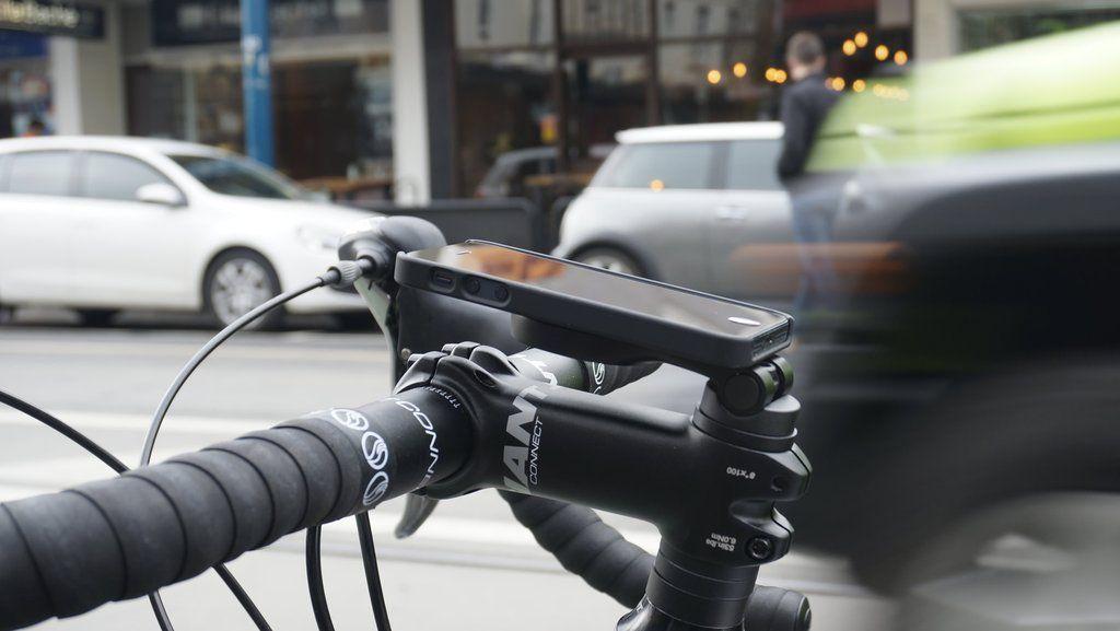 Iphone Bike Mount >> Iphone Bike Mount Proper Athletes Bike Mount Bike