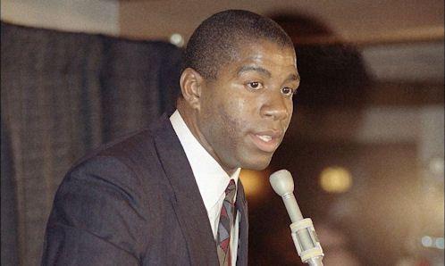 Ça s'est passé un 7 novembre : Magic Johnson révèle sa séropositivité -  A l'occasion des 25 ans de l'annonce de la séropositivité de Magic Johnson, Basket USA vous raconte le récit de cette journée très, très spéciale… La nouvelle fut un terrible… Lire la suite»  http://www.basketusa.com/wp-content/uploads/2011/11/magic-johnson-annonce-1991.jpg - Par http://www.78682homes.com/ca-ses