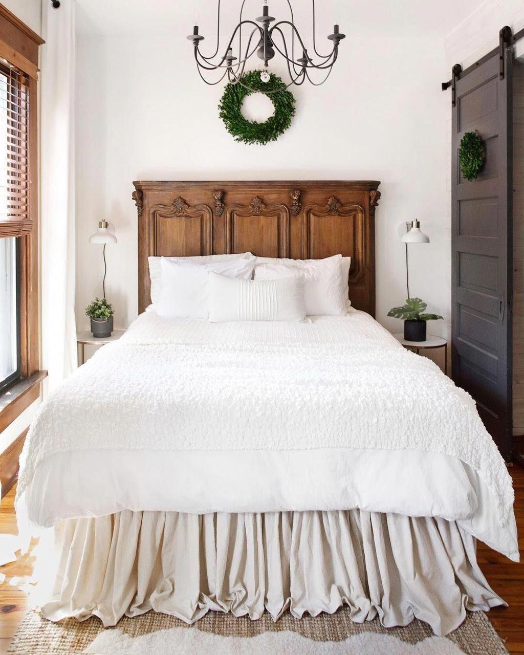 Stunning 38 Cool Urban Farmhouse Master Bedroom Ideas. #rusticmasterbedroom#bedr...#bedroom #cool #farmhouse #ideas #master #rusticmasterbedroombedr #stunning #urban