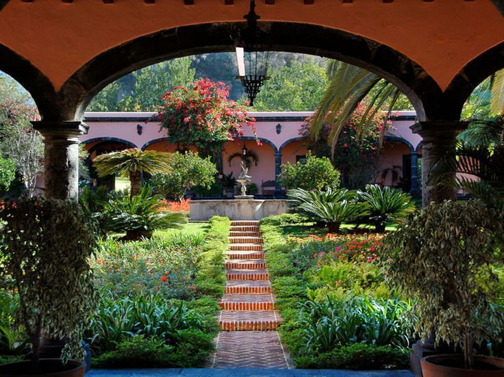 Who Needs Gramercy Park? 19 Beautiful Hotel Gardens