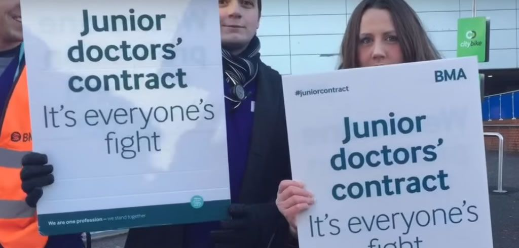 Junior doctors begin second 24-hour strike http://descrier.co.uk/news/uk/junior-doctors-begin-second-24-hour-strike/