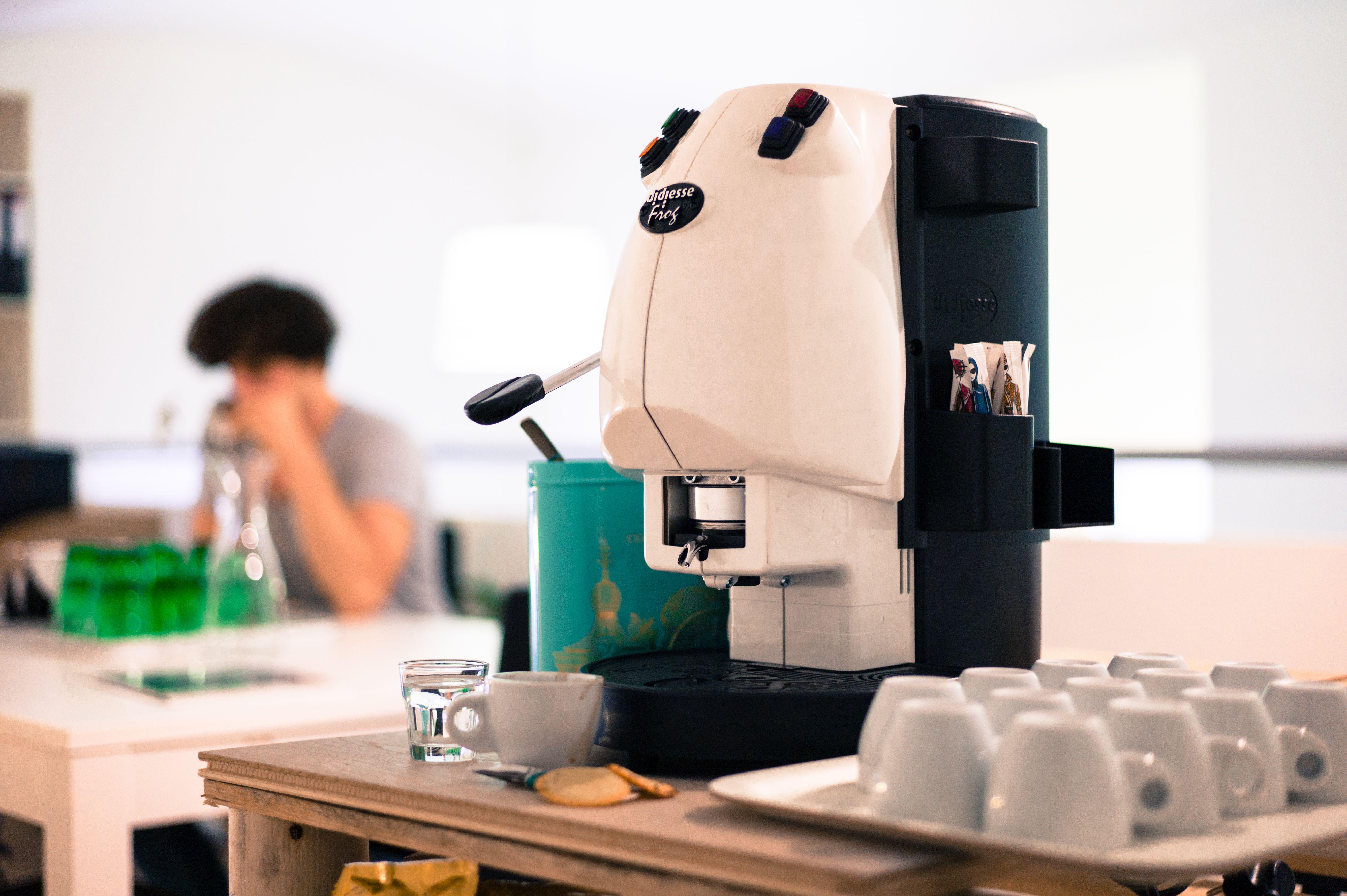 Kaffeepadmaschinen  Didiesse Frog in white http://www.cafando.at/kaffeemaschinen ...