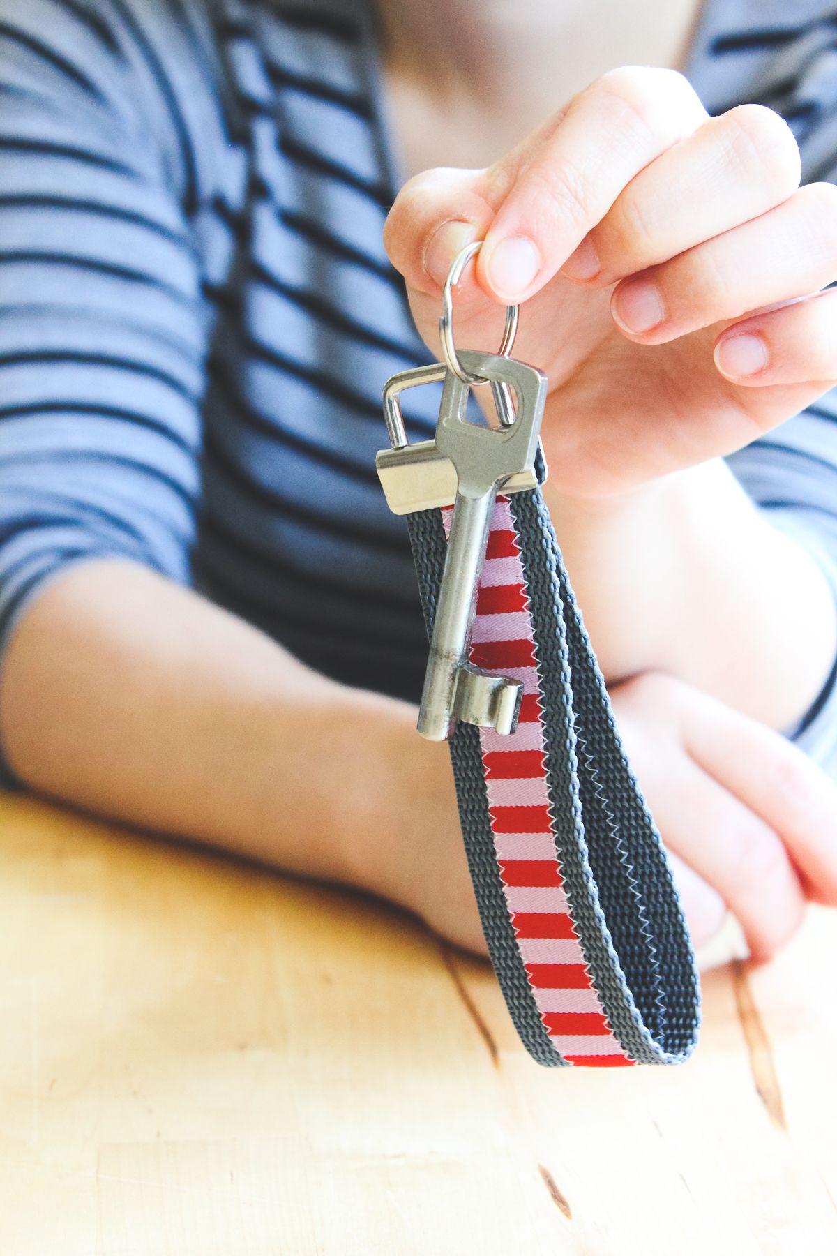 Schlüsselband nähen mit Daniela Kluge auf DIY frollein