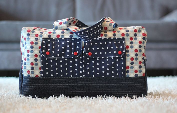 coole tasche gratis schnittmuster von robert kaufman taschen pinterest gratis. Black Bedroom Furniture Sets. Home Design Ideas