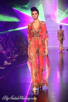 Pria Kataria Puri Designer Kaftan Lakme Fashion Week Fashion Fashion Week
