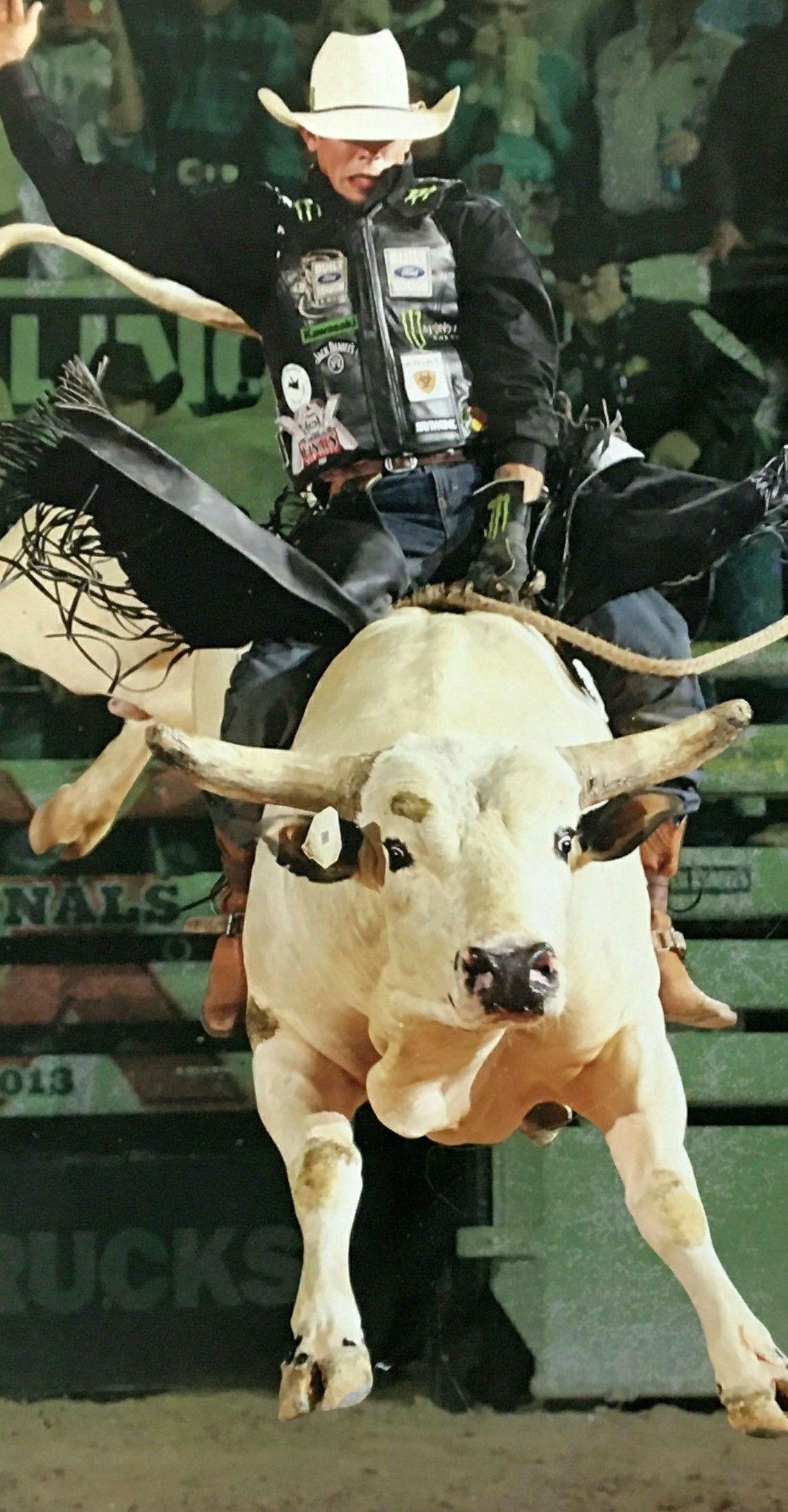 Pin De Fabricio Julio Em Bull Riders Montaria Em Touro