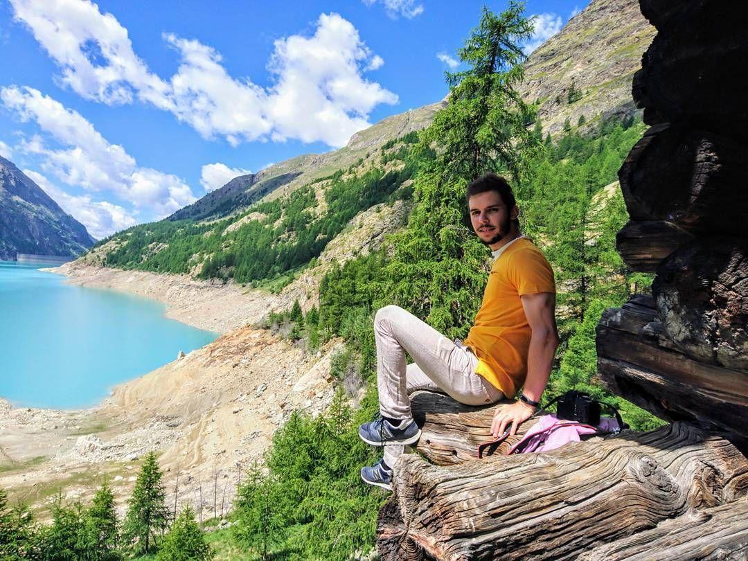 #lago #mountains #bluesky #couds #nuvole #verde #estate #summer #rifugio #bionaz #diga #sony #xperia #passeggiata #prarayer #cieloazzurro #landscape #paesaggio #valledaosta #aostavalley #igersitalia #igersph #happyday