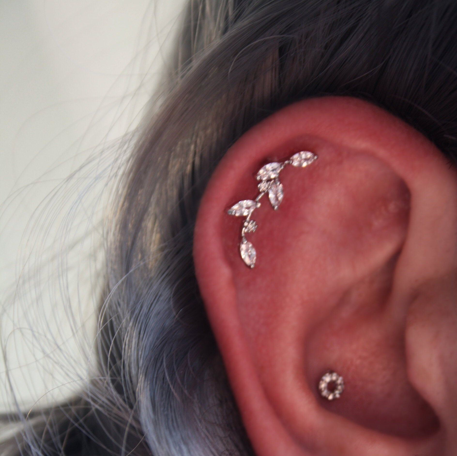 """Cartilage Tragus Helix 1//4/"""" 16g Stud Earring Jewelry Curved Leaf CUTE 3 colors!!"""