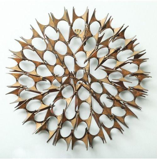 exercicedestyle: escultura de pared Curtis Jere