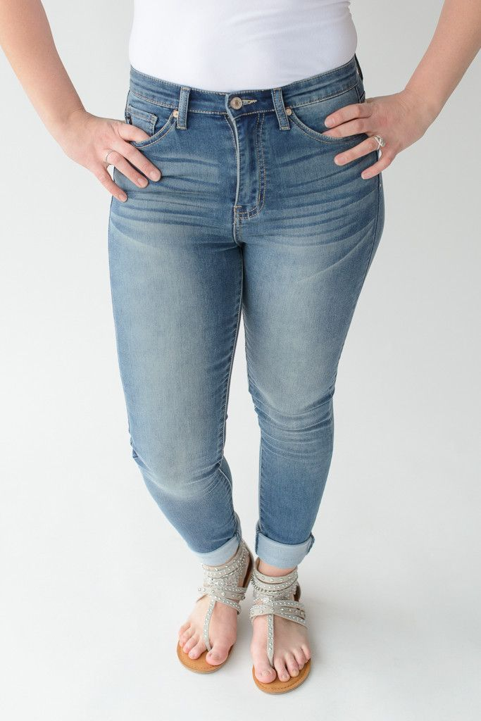 Medium Wash Non-Rip KanCan Jeans