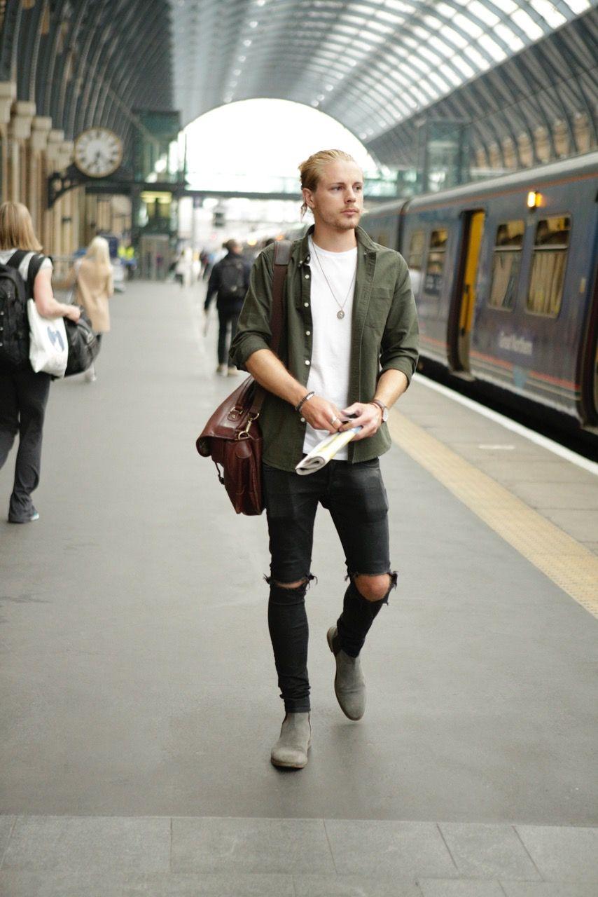 5024196f40aa Men's Fashion Street Style London Black ripped jeans, green shirt, Barbour,  gstar, ASOS, Daniel Wellington.
