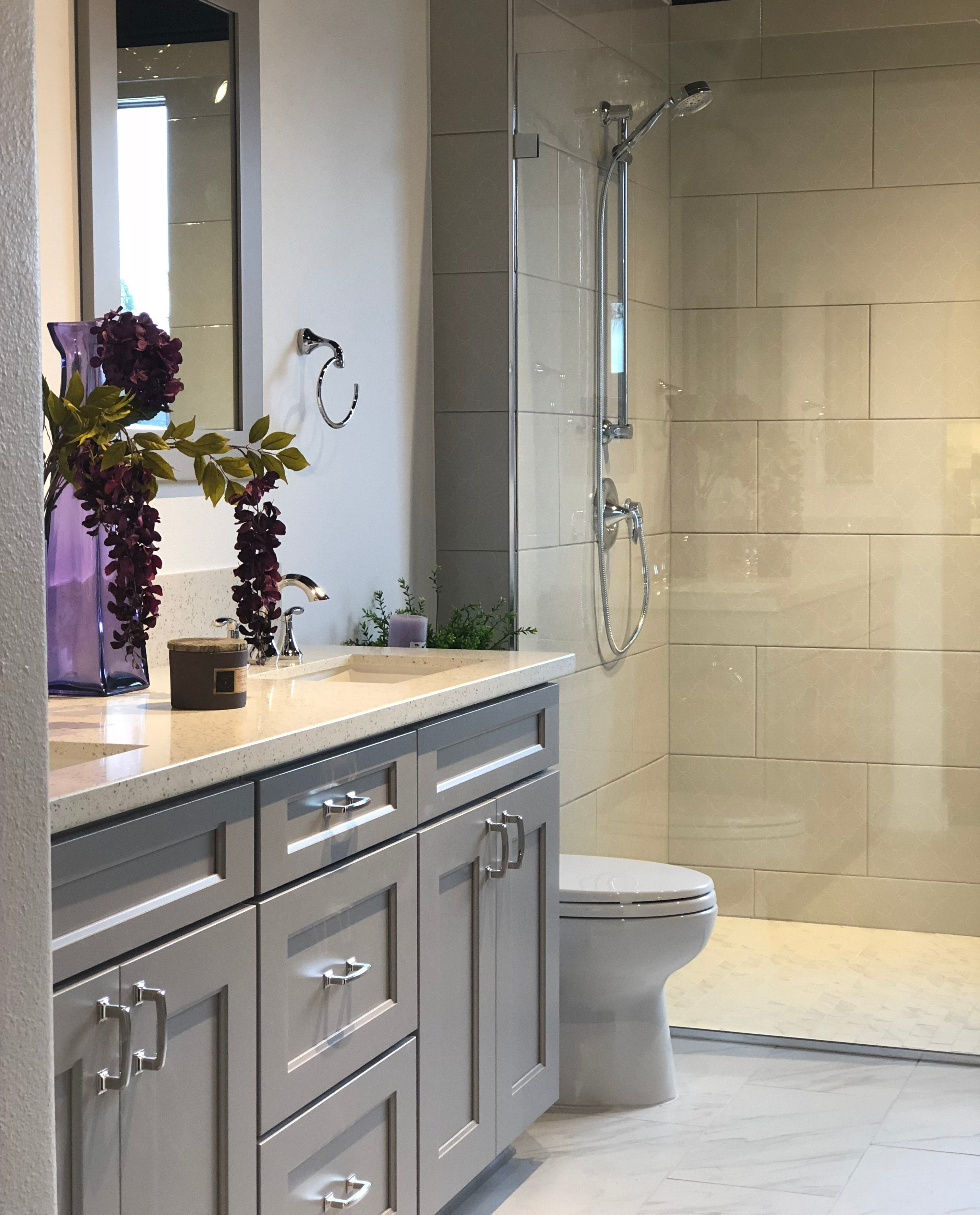This Bathroom Shows A Wellborn Vanity With A Shaker Door Style