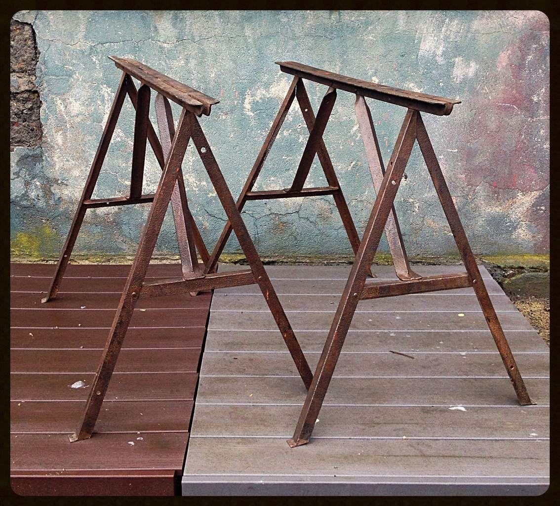 tr teaux industriels m tal patine rouille pied de table. Black Bedroom Furniture Sets. Home Design Ideas