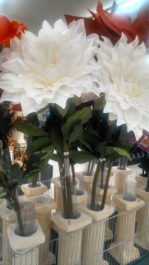 Pin By Leslie Cunningham On Marshall Douglas Sachsenmaier Giant Flowers Hobby Lobby Big Flowers