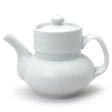 Mary Louise Carter! Teapot (The Clay Studio)