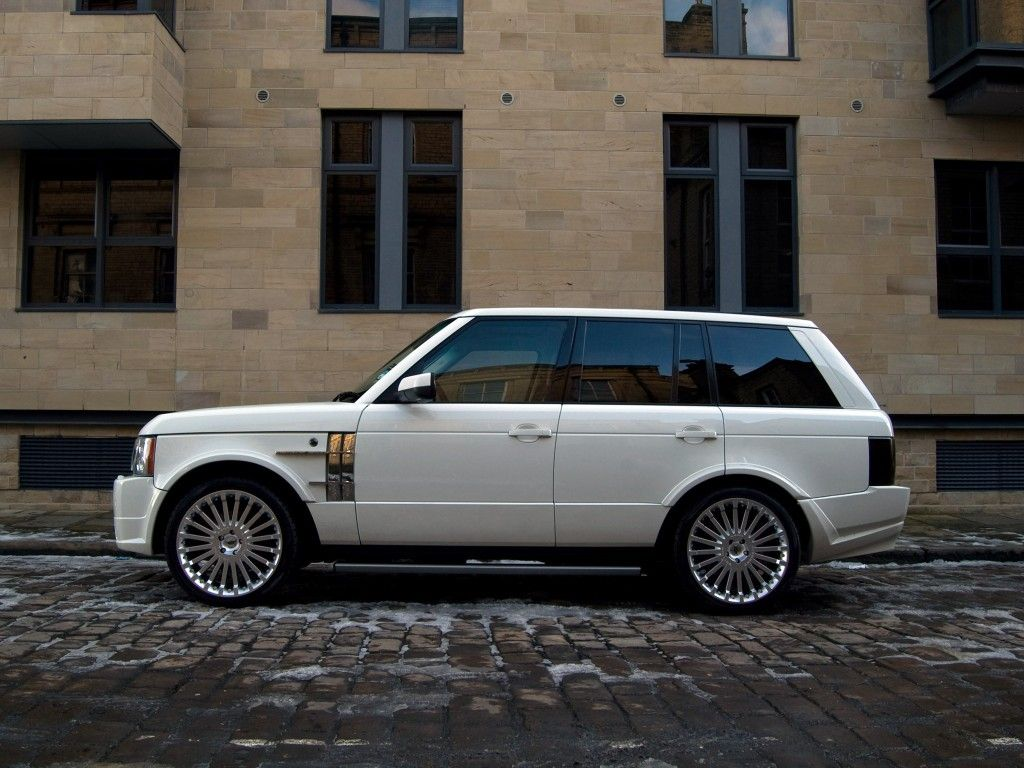 Range Rover Vogue Autobiography Stage 2 by Kahn Project