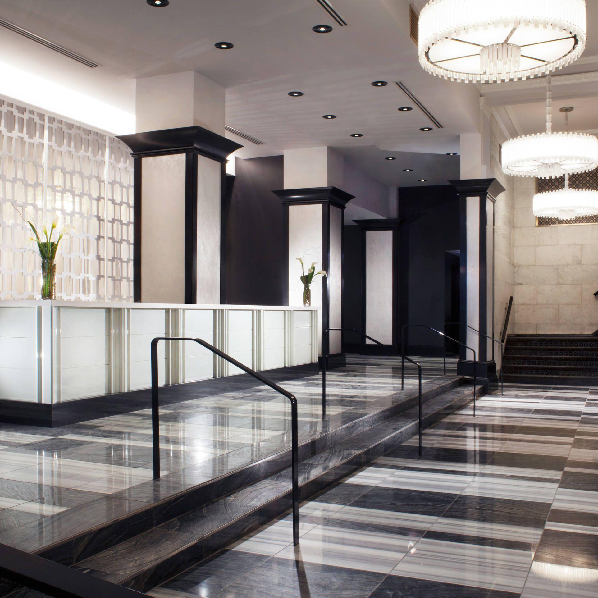 W Chicago City Center (Chicago, IL Hotel interior