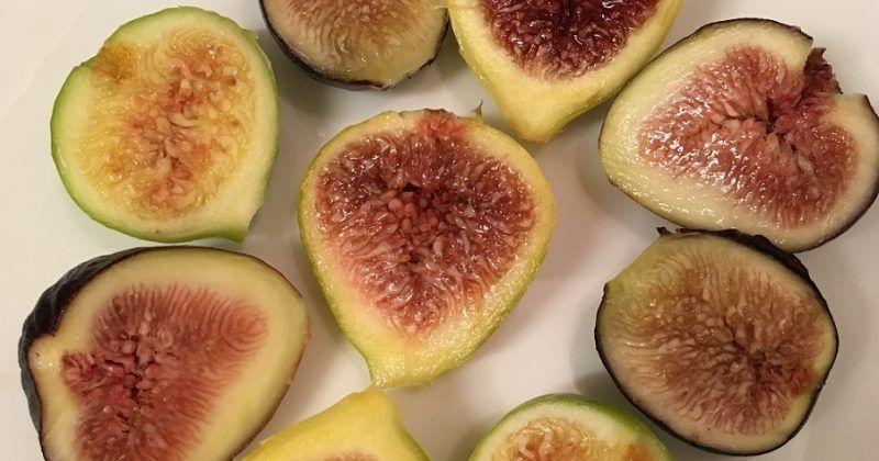 Fresh Figs and Feta With Toasted Walnuts #walnutsnutrition