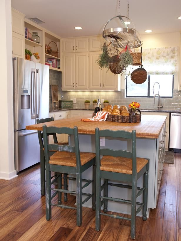 Country Kitchen Island with Bamboo Countertop   Kitchen design small, Small modern kitchens ...